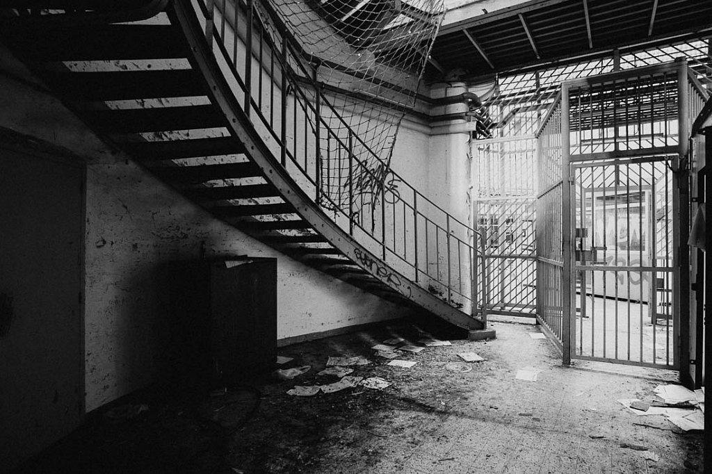 Gefängnis L.