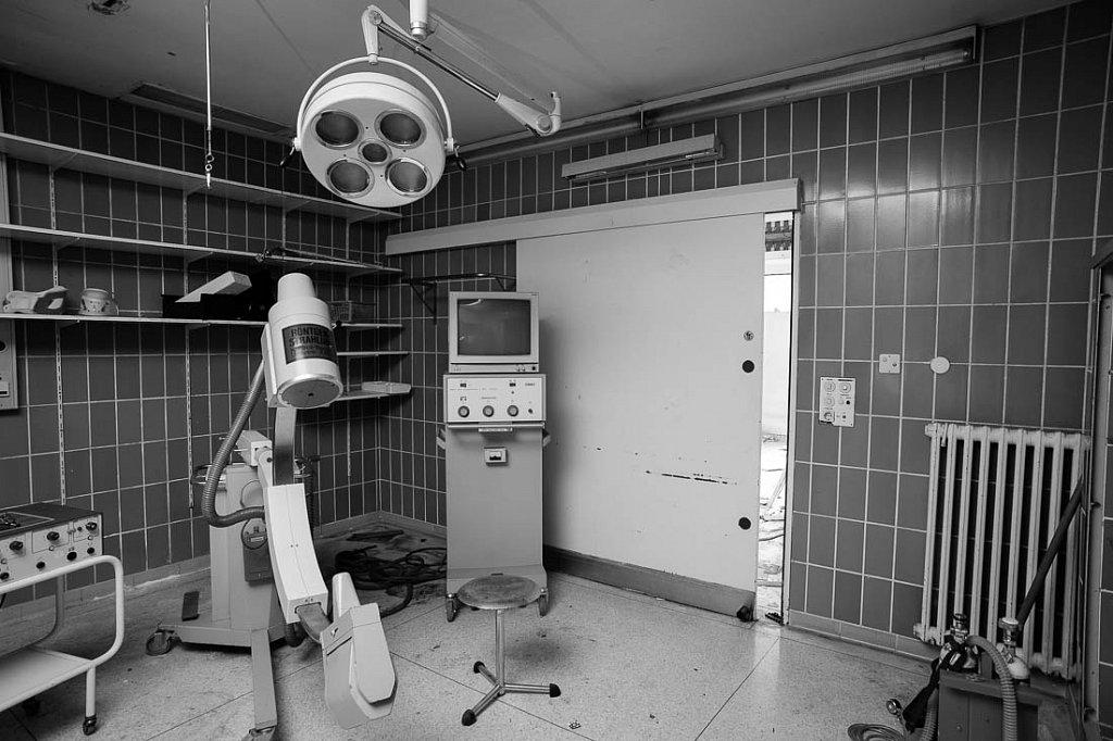 Klinik B.
